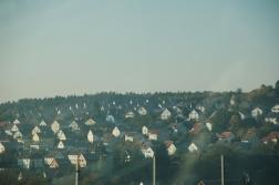 Almanya'da da otoyollardan şehirleri görmek kolay değil. Gördüklerimdeki düzen ve estetik ise beni hayretlere düşürüyor..