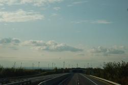 Avusturya yollarında en dikkat çekeci şeylerden biri, her yerin rüzgar santralleriyle dolu olması..