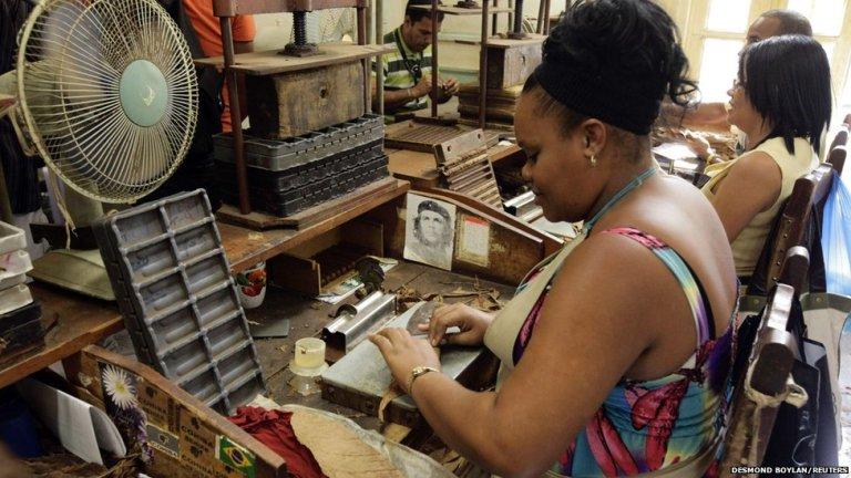 Küba Puro Fabrikası