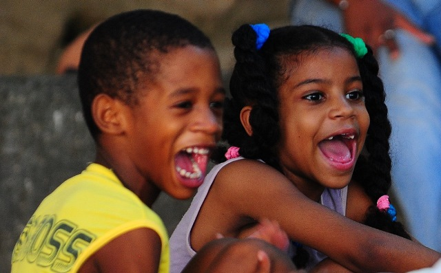 Mutluluğun resmi.. Pınar'la Evren Havana'yı sokak sokak dolaştılar bu fotoğraflar için..