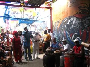 Havana'da sokak çocukları için yardım