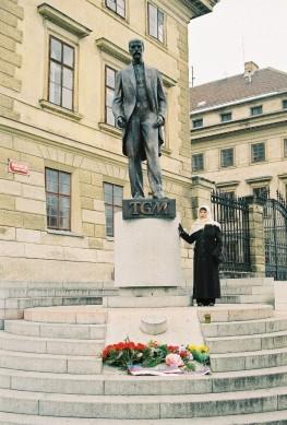 2003-11-prag11