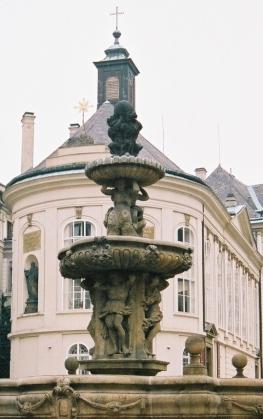 2003-11-prag17