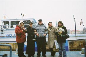 2003-11-pragda-kafilemiz01
