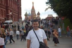 Hasta gittiğim Moskova sokaklarında dolaşmak iyi gelmiş olmalı.